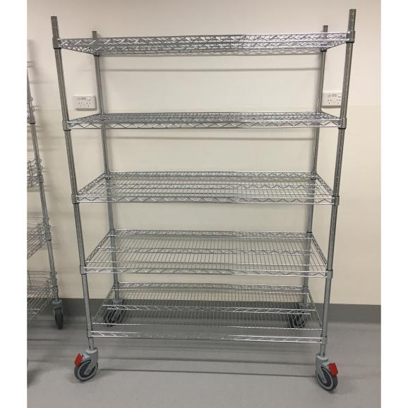 chrome-wire-trolleys-hospital